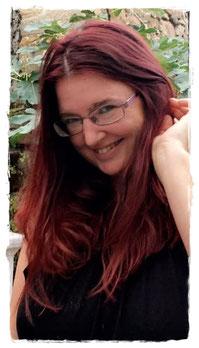 Manuela Efthimiadis liest aus »Rumpelhexe: Rebellion im Märchenland«